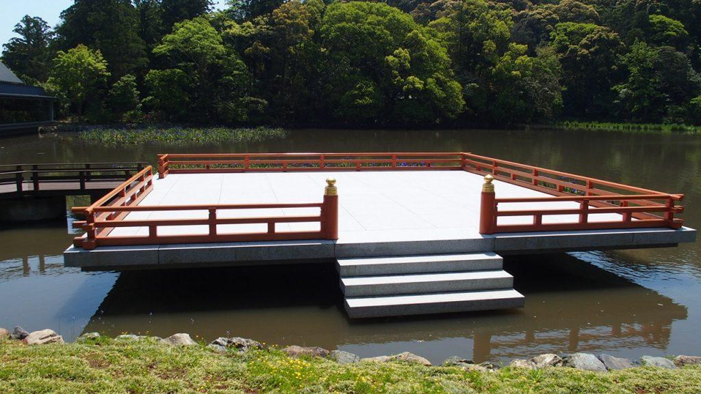 伊勢神宮のまがたま池