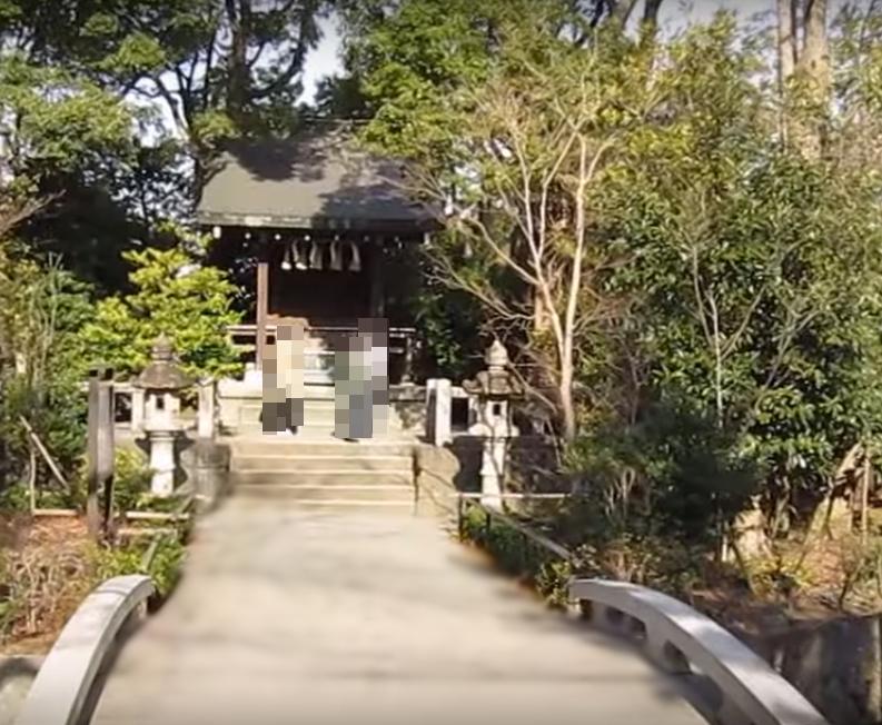 寒川神社の宮山神社