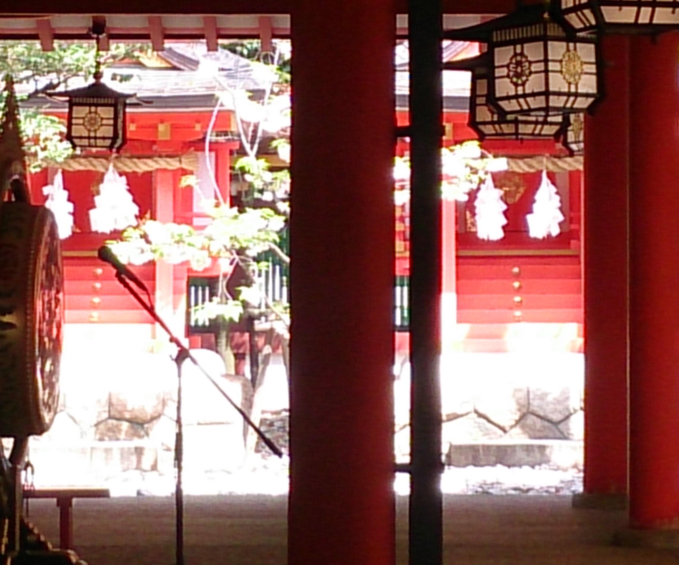 生田神社ご本殿と一緒に祀られている末社
