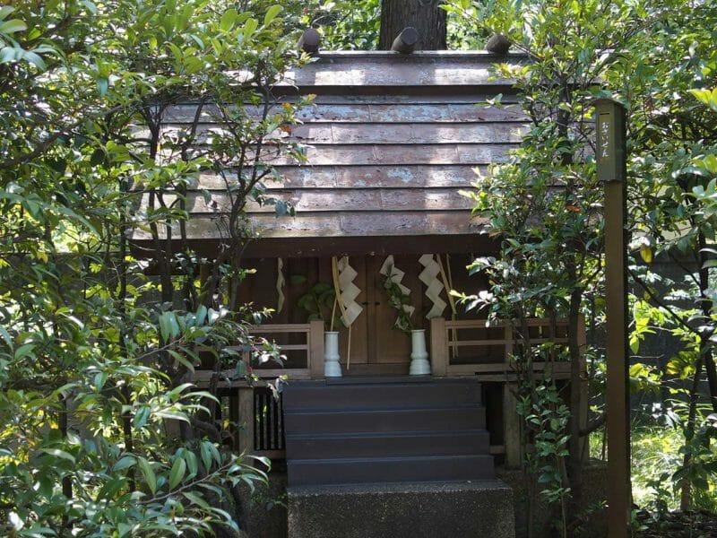 赤坂氷川神社境内の九神社