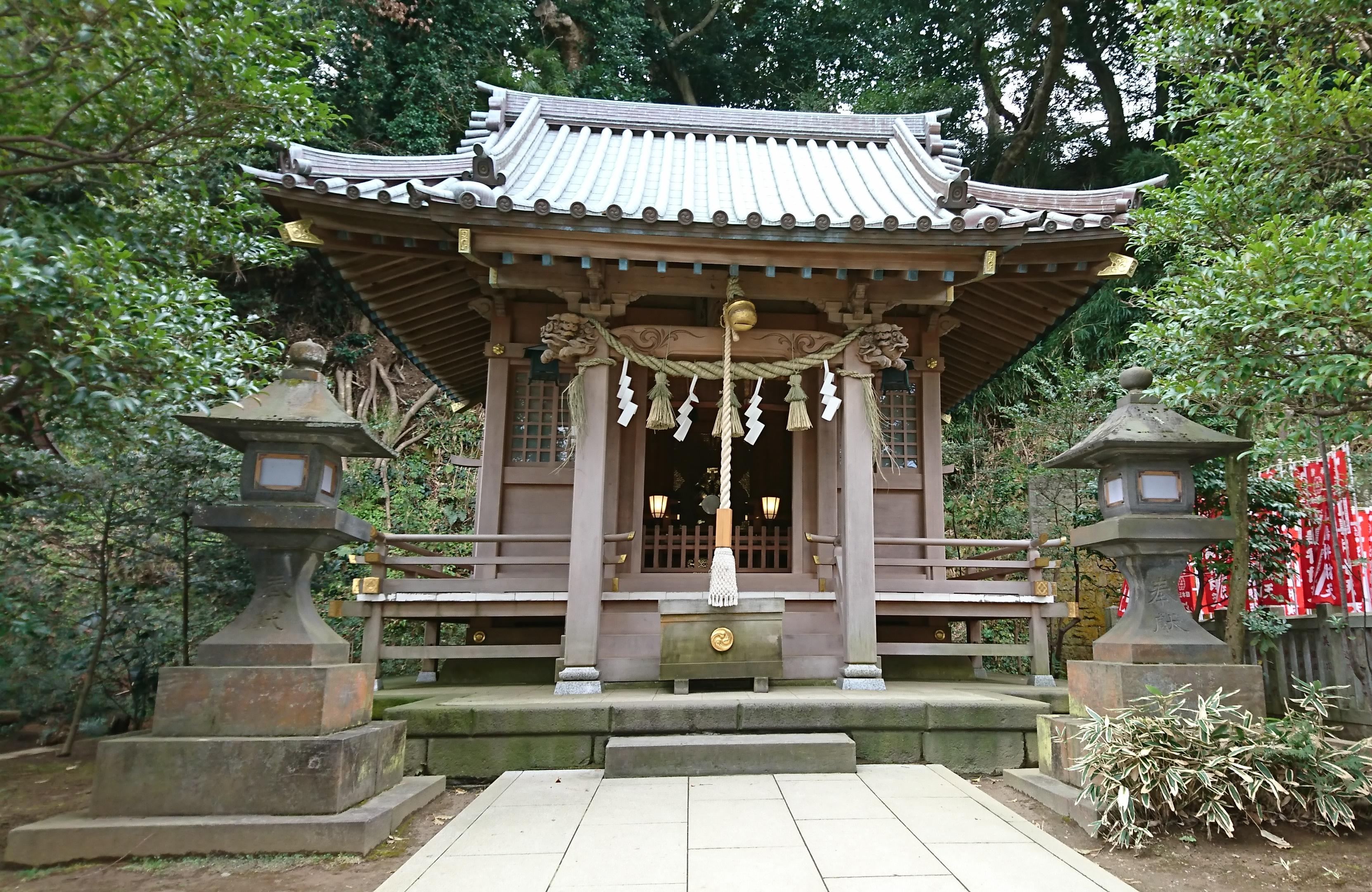 江ノ島神社の末社八坂神社