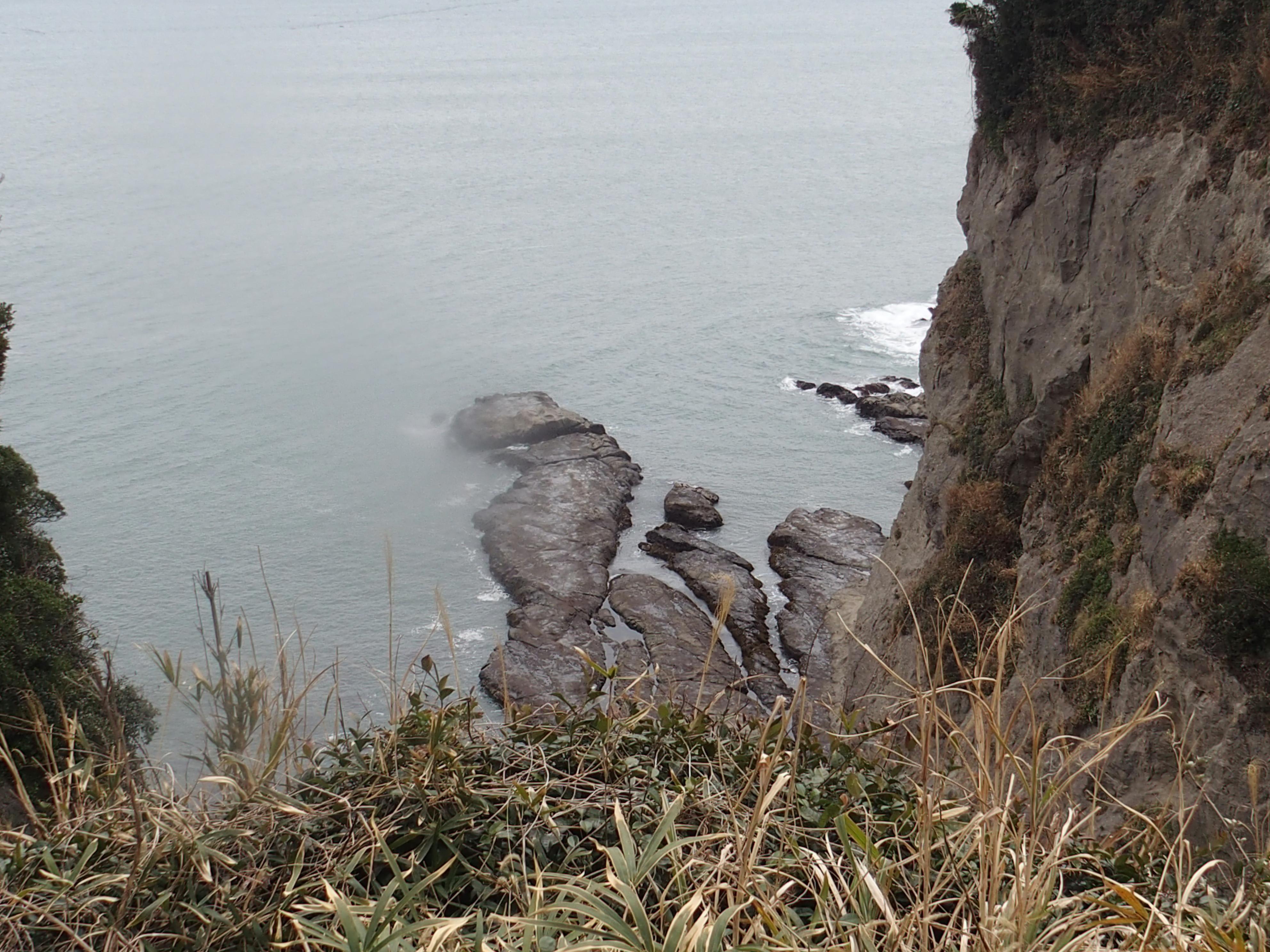 江ノ島神社の御岩屋道通りにある山ふたつ