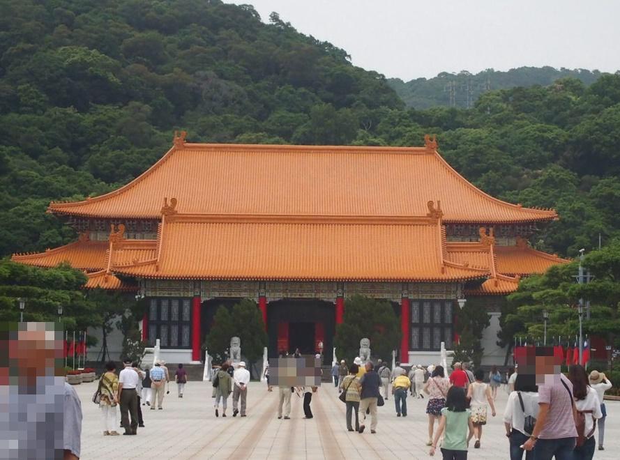 台北の国民革命忠烈祠(こくみんかくめいちゅうれつし)