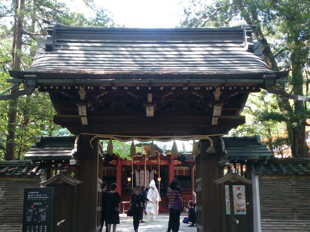 縁結びのご利益がある赤坂氷川神社