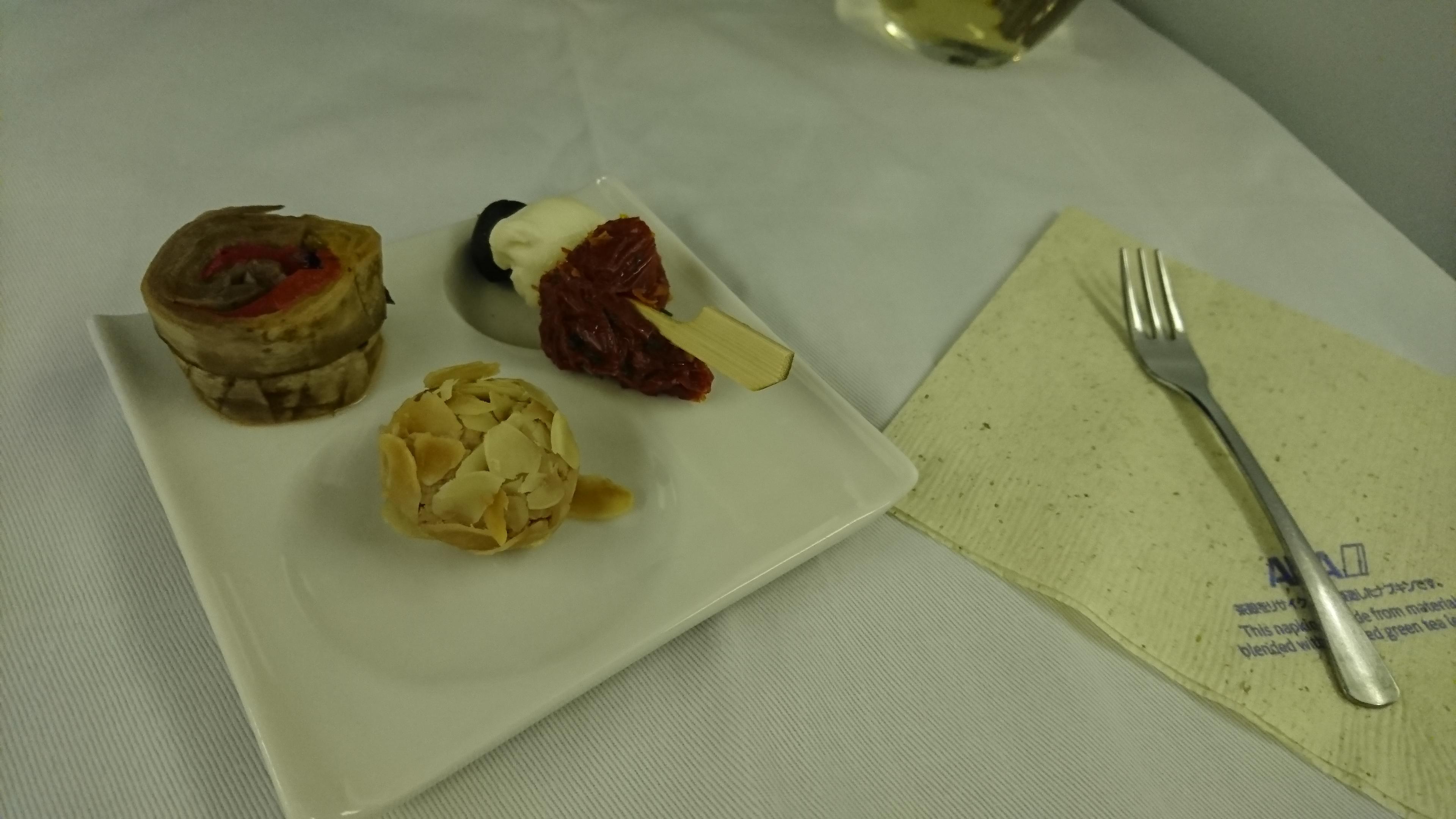 ANAビジネスクラス機内食のアミューズ