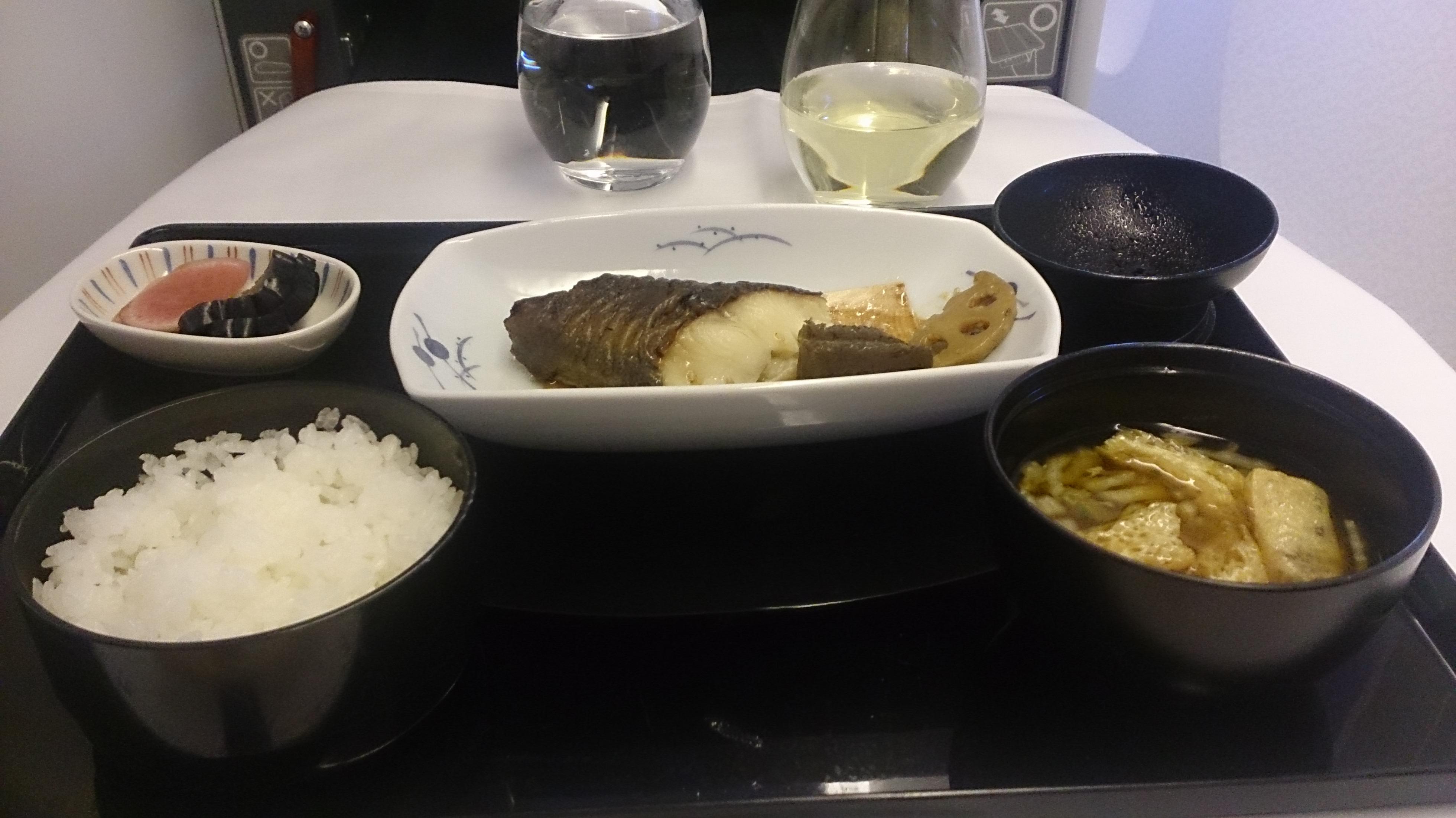 ANAビジネスクラスの機内食