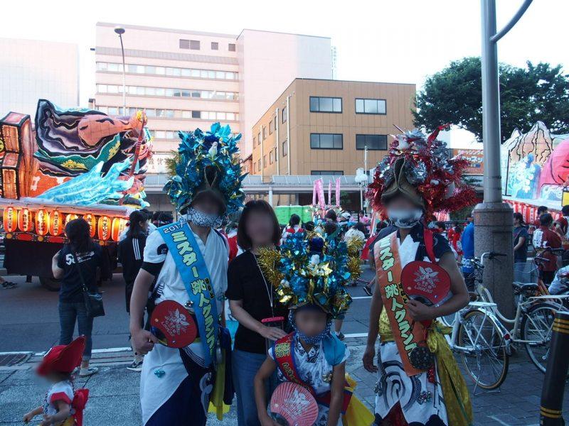 東北三大祭りの一つ青森のねぶた祭を盛り上げる跳人