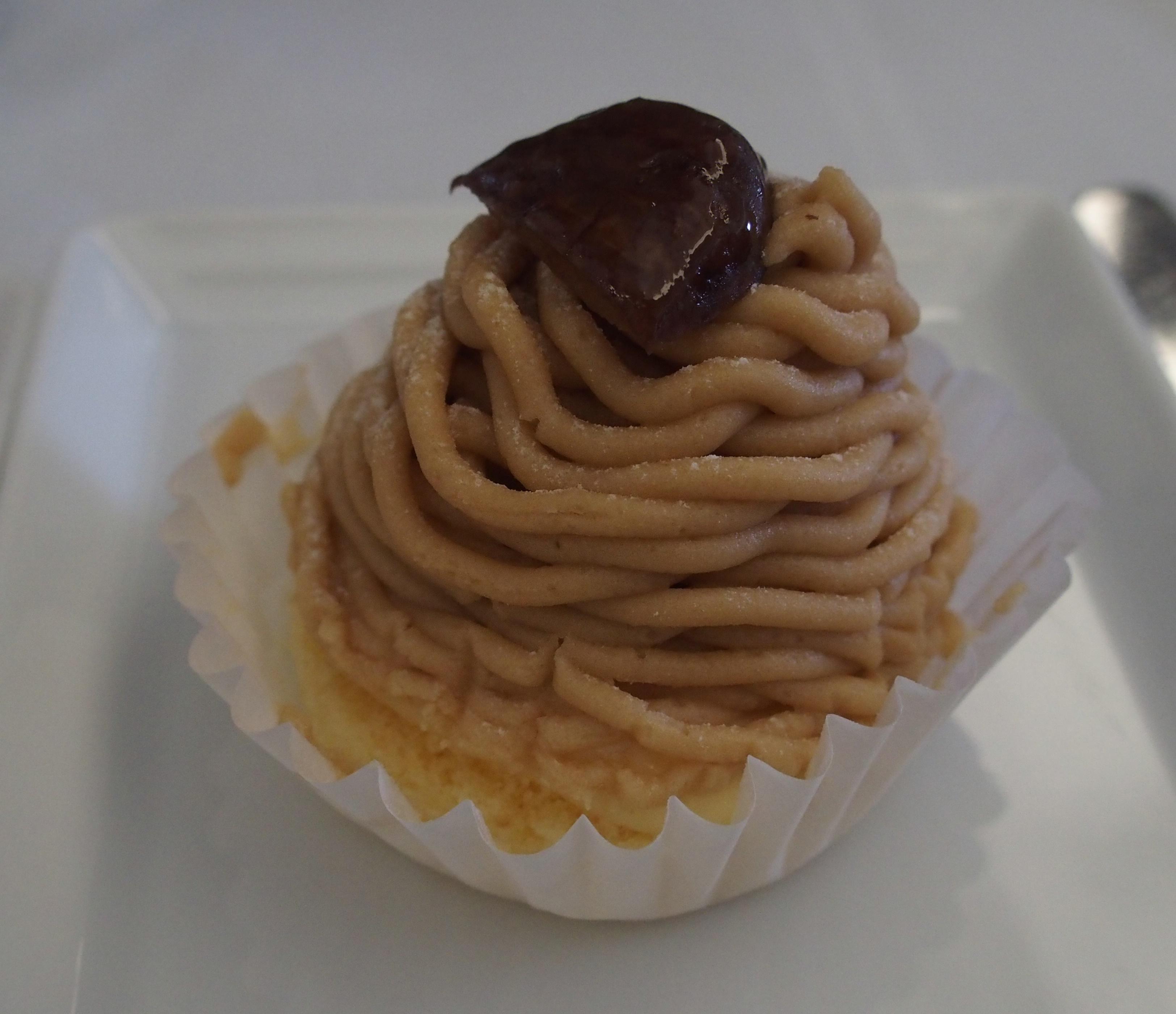 ANAビジネスクラス機内食のデザートモンブラン