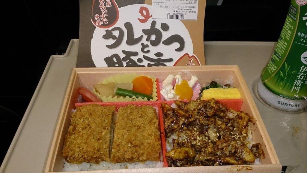 タレかつと豚重 日本レストランエンタプライズ