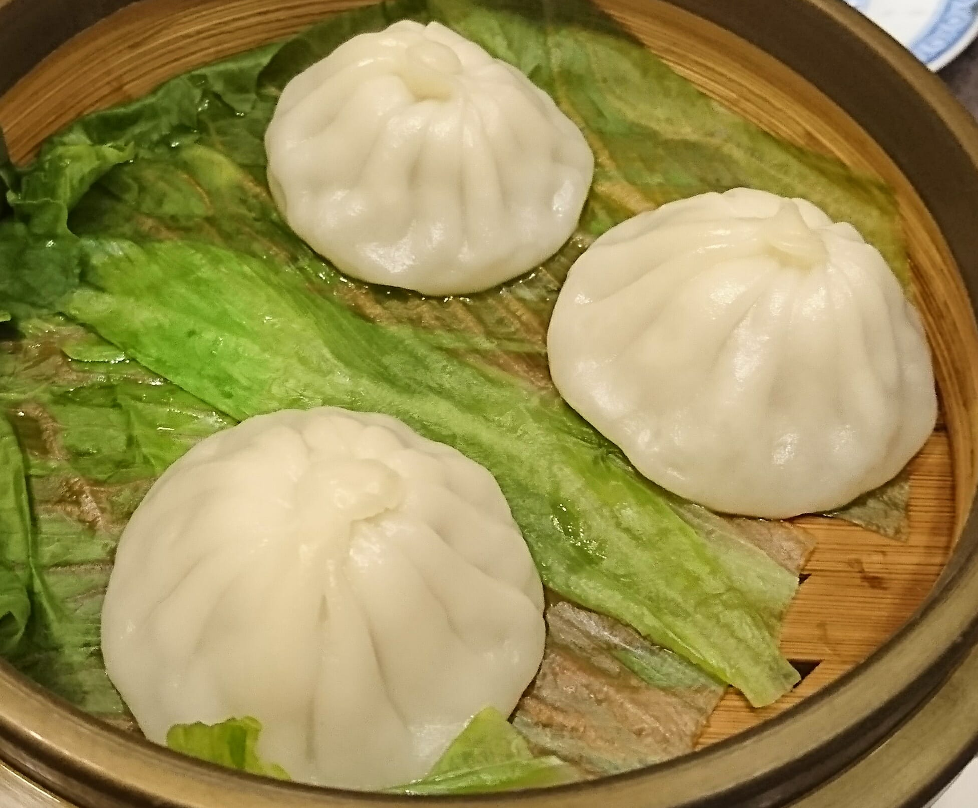 神戸の老舗中華料理群愛飯店の小籠包