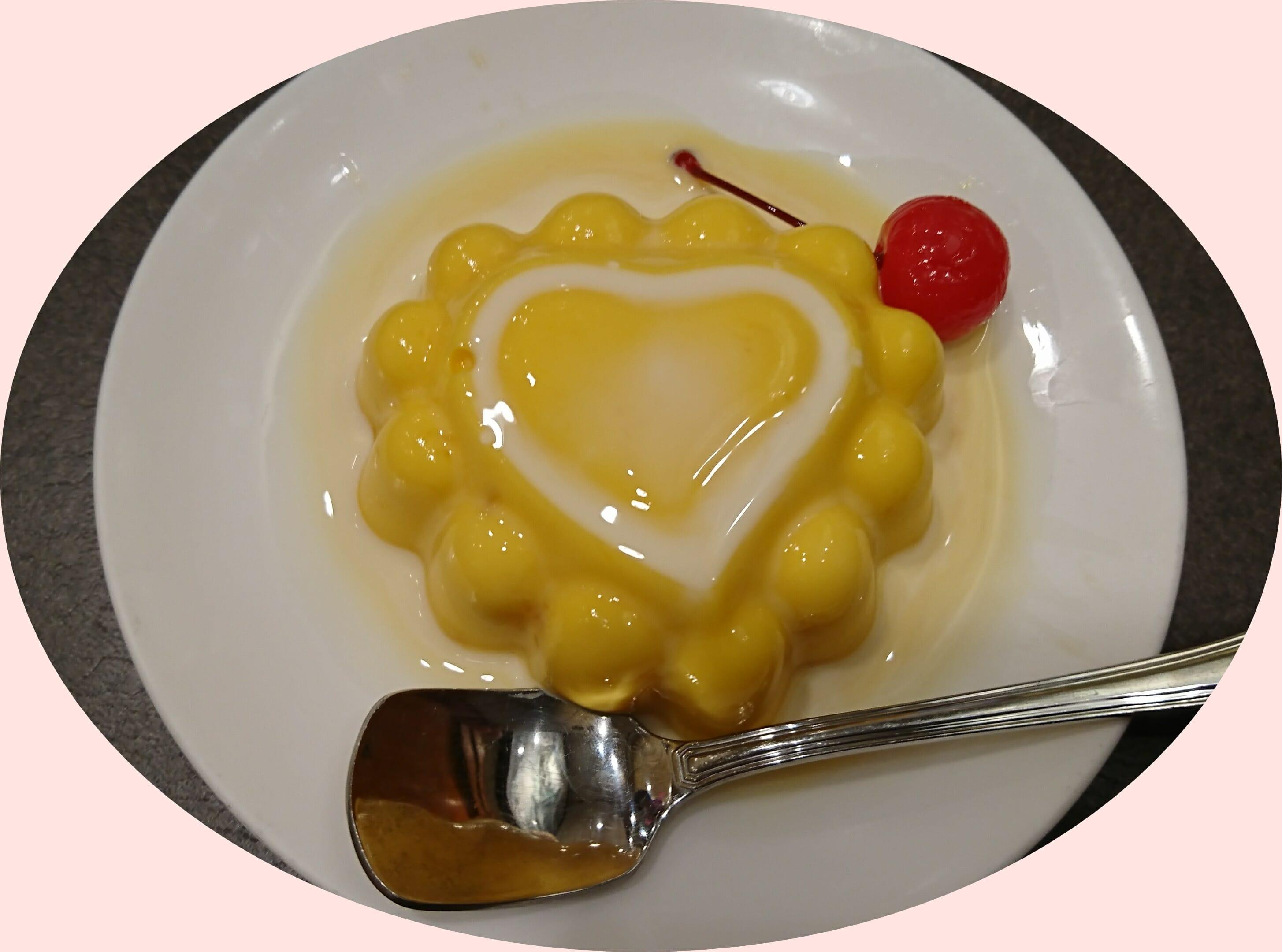 神戸の老舗の中華料理群愛飯店のマンゴプリン