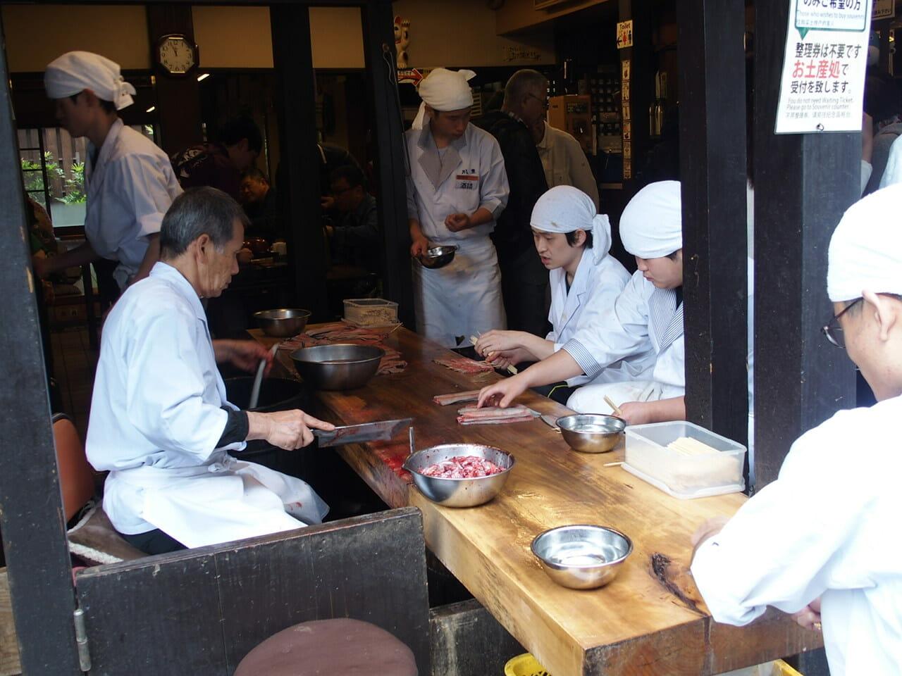 成田山新勝寺の参道にあるうなぎの人気店川豊