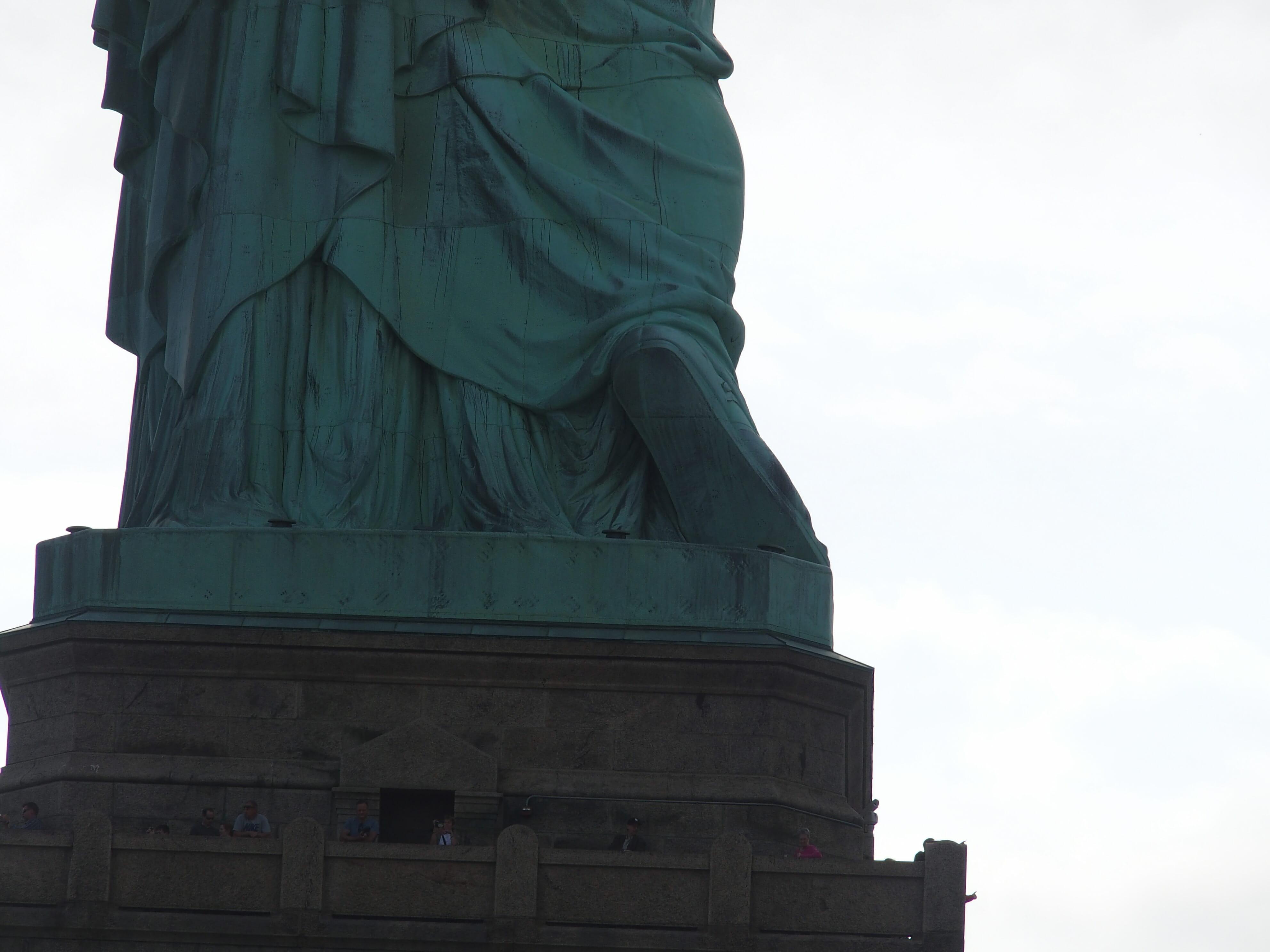 リバティ島からみた自由の女神