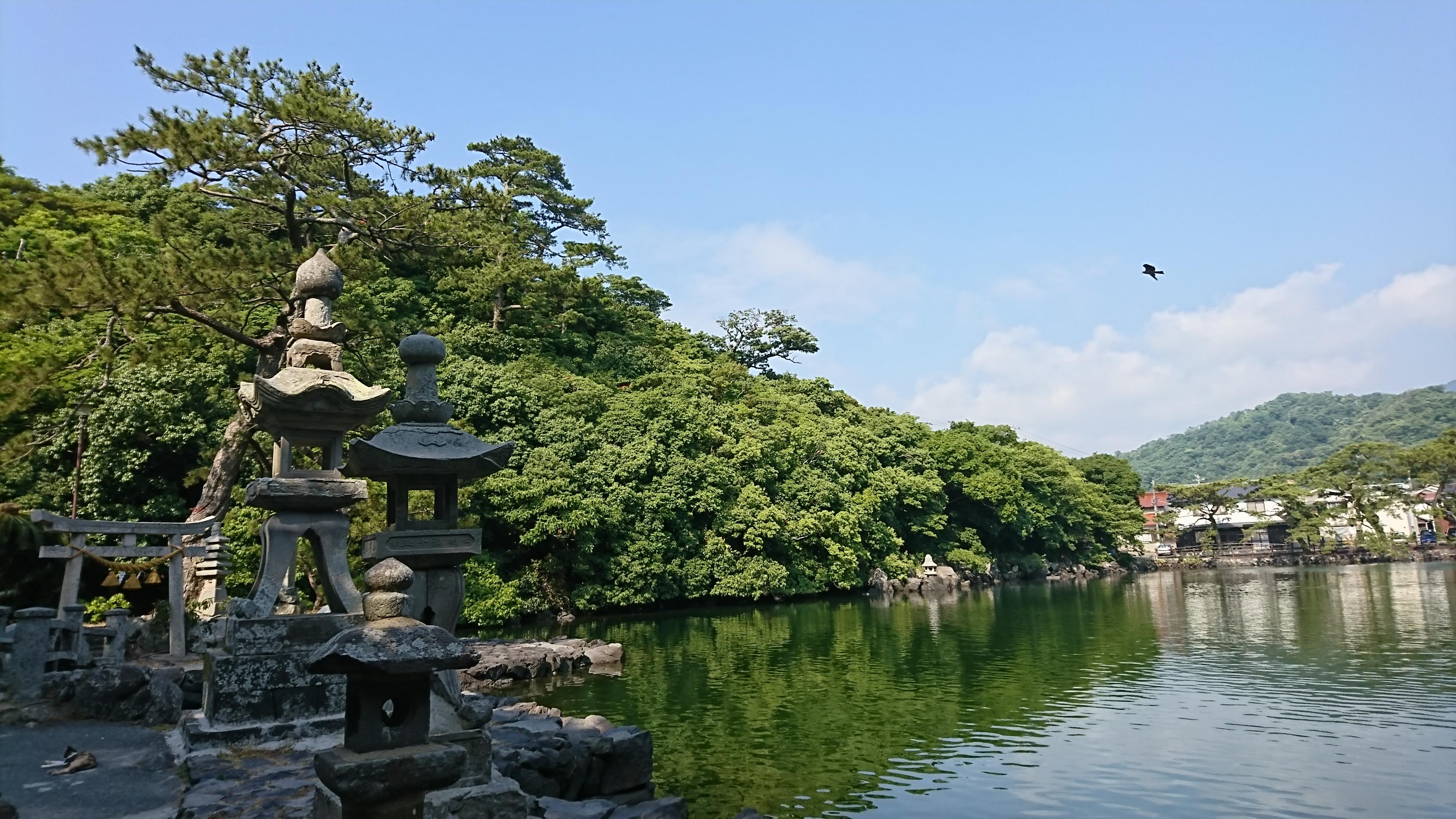 萩の明神池