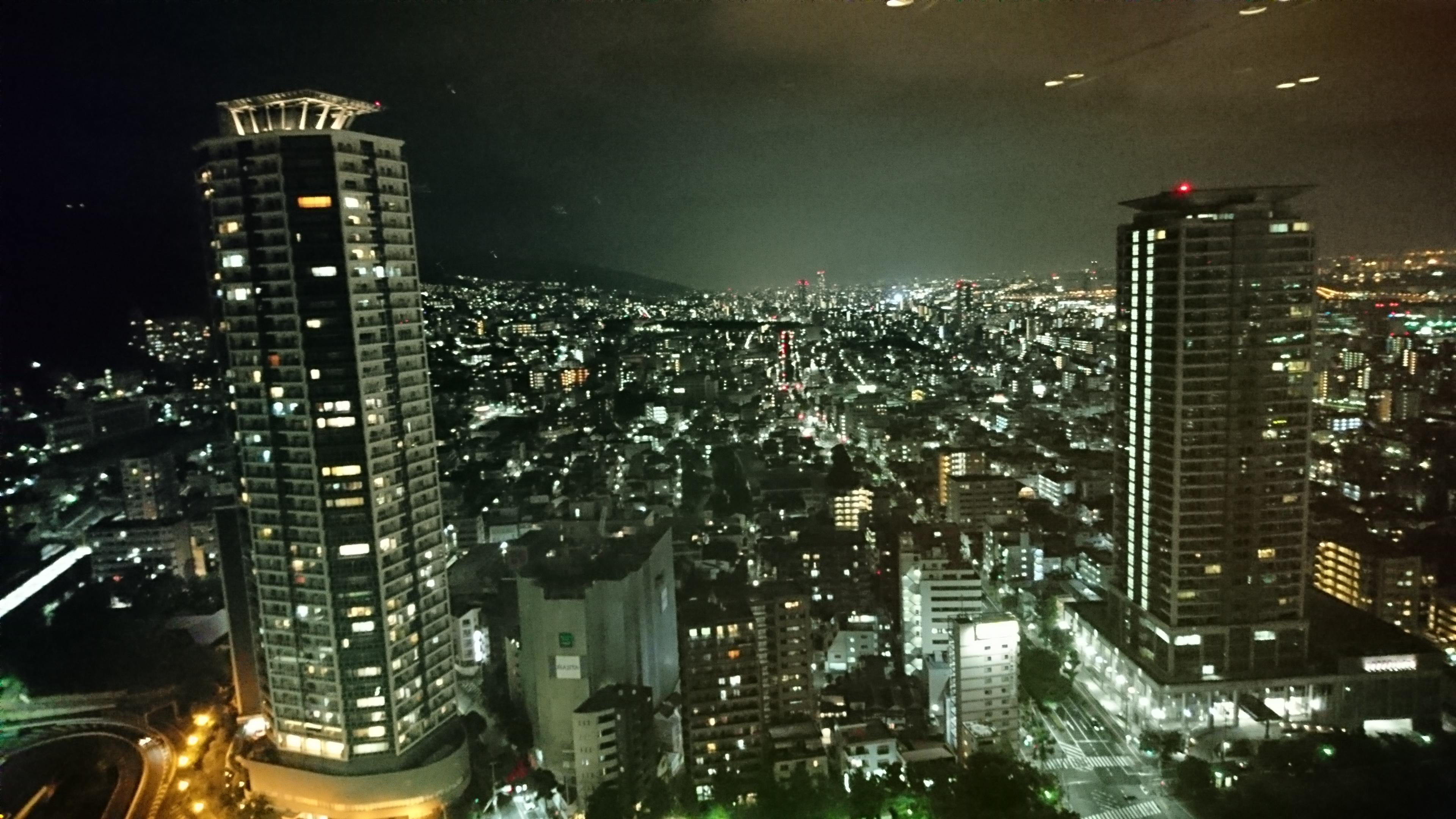 新神戸ANAクラウンプラザ34階にある中国レストラン蘇州から見える夜景