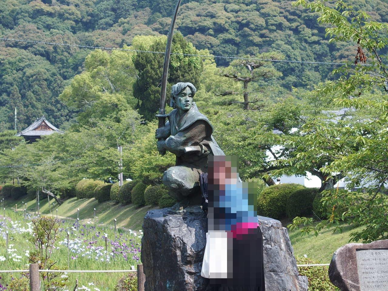 岩国錦帯橋のふもとにある佐々木小次郎の像