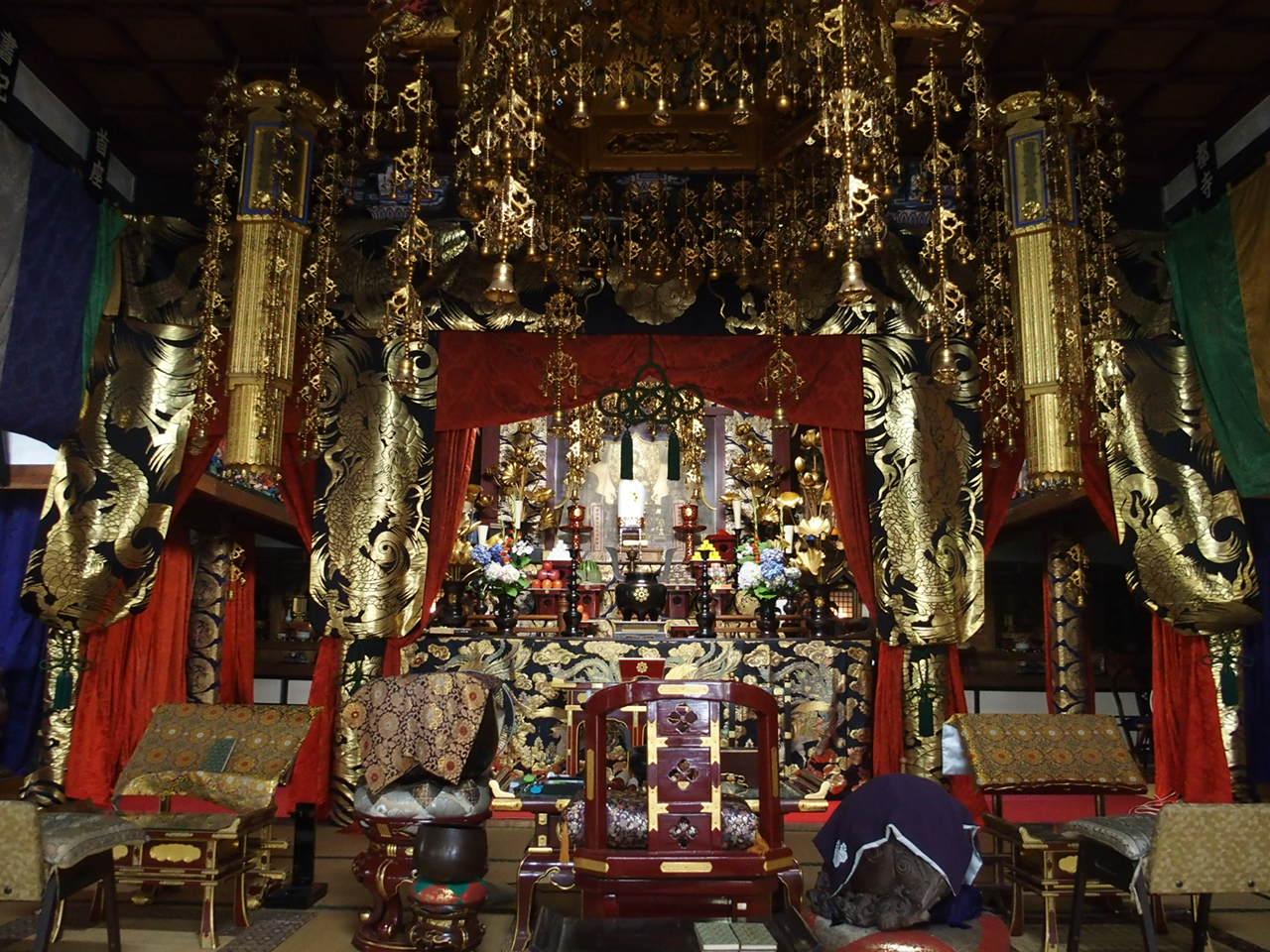 山口市瑠璃光寺の本堂