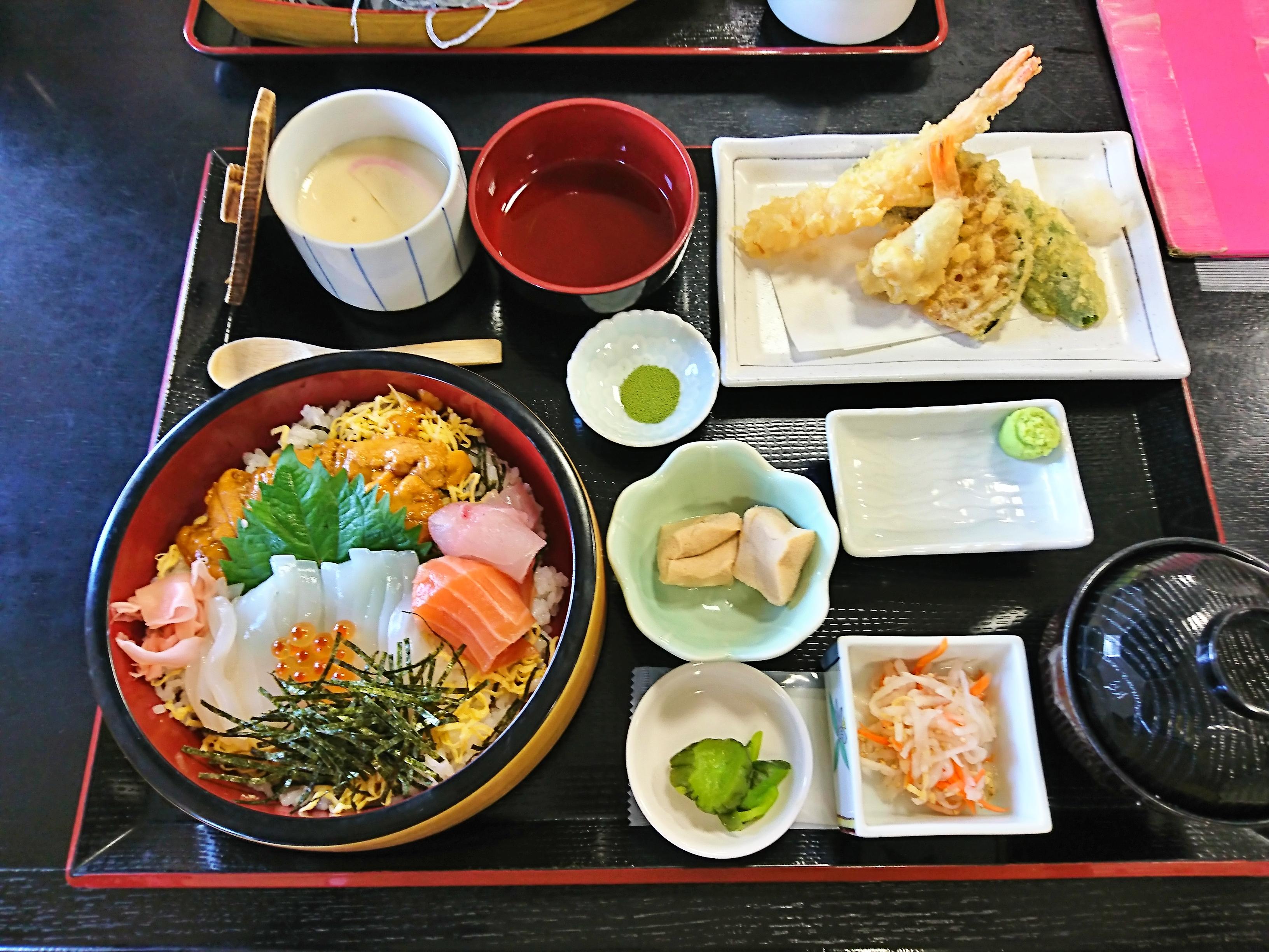 境港お食事処かいがんの白いかとうに丼天ぷら付き