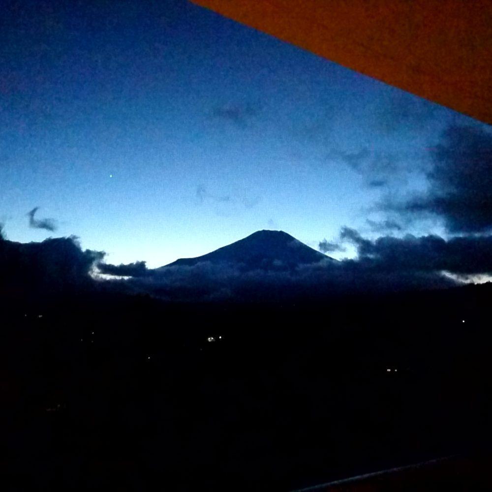 ポイントバケーション山中湖から見える富士山の景色