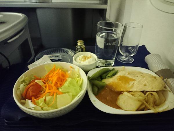 ユナイテッド航空ビジネスクラスの機内食