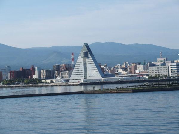 ダイヤモンドプリンセスで入港した青森港