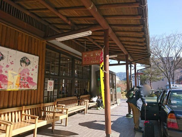 下呂温泉駅のタクシー乗り場