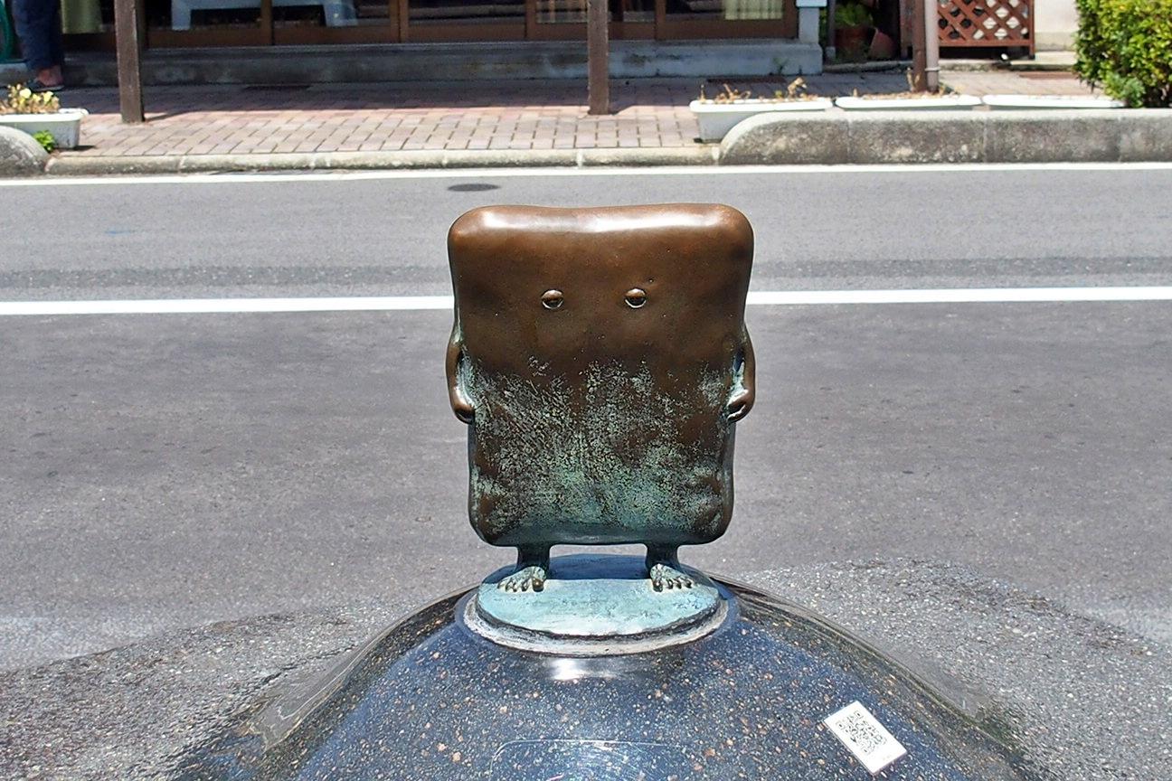 水木しげるロードのブロンズ像