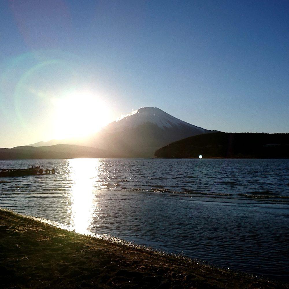 ポイントバケーション山中湖の近くから見える富士山
