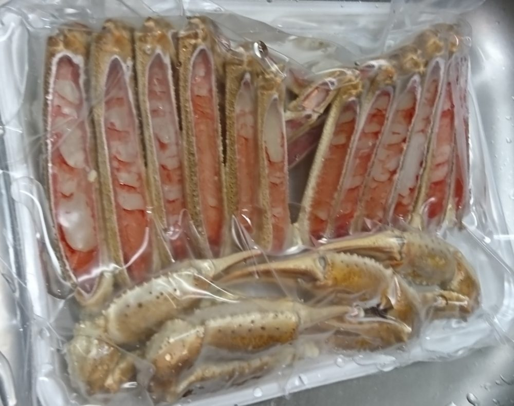 城崎温泉の海鮮のお店大幸商店で買ったカニ